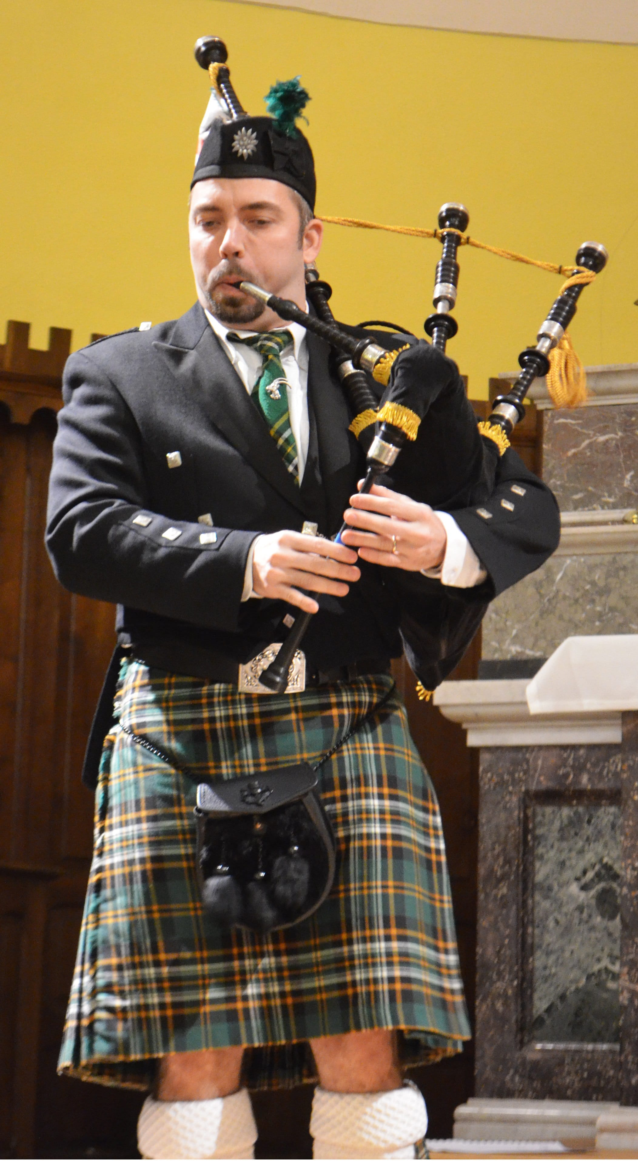 Notre Tenue - Edelweiss Pipers - Pipe Band