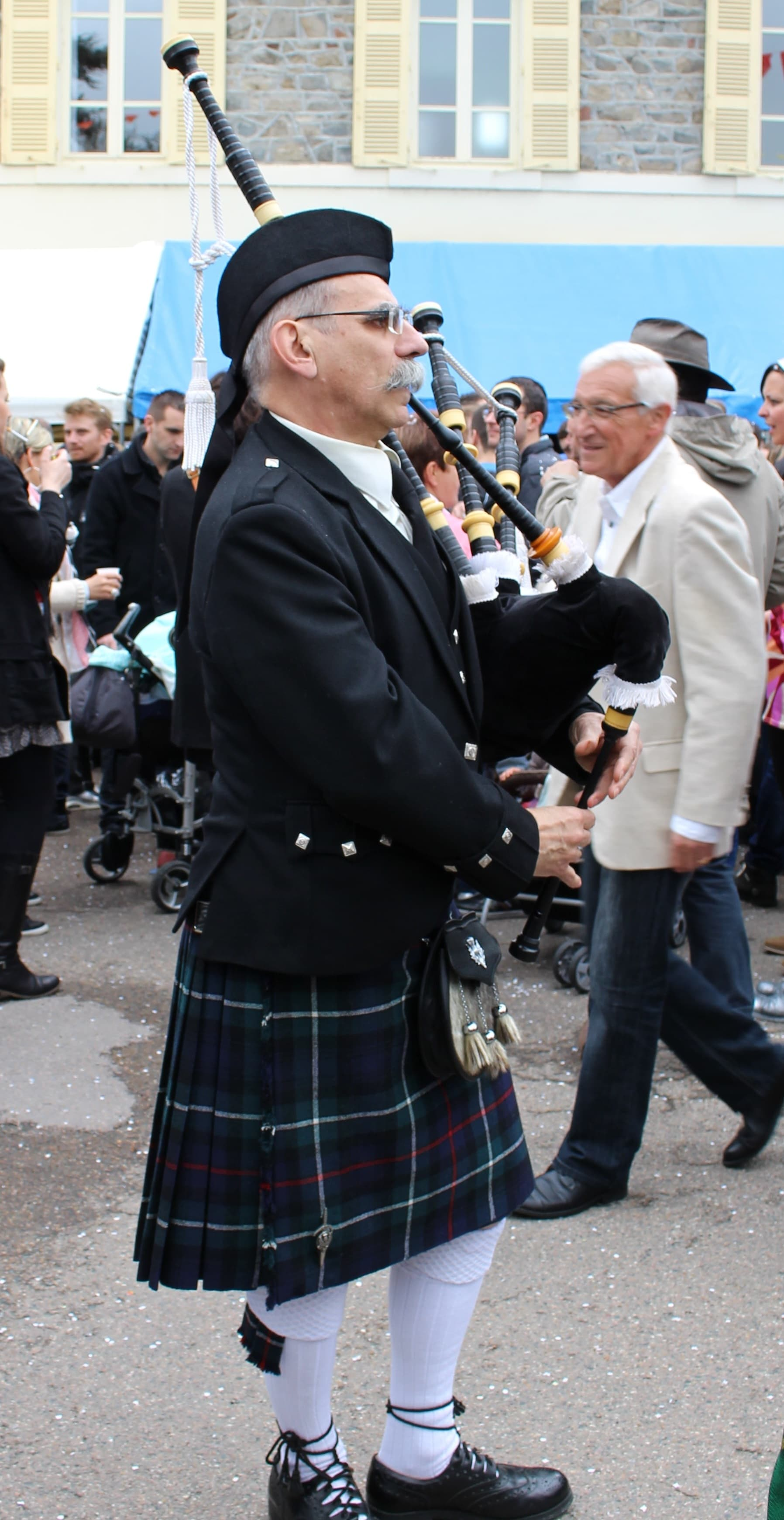 Sonneur de Grenoble - Edelweiss pipers Pipe Band Chambéry Amplepuis 17-04-2016 (65)